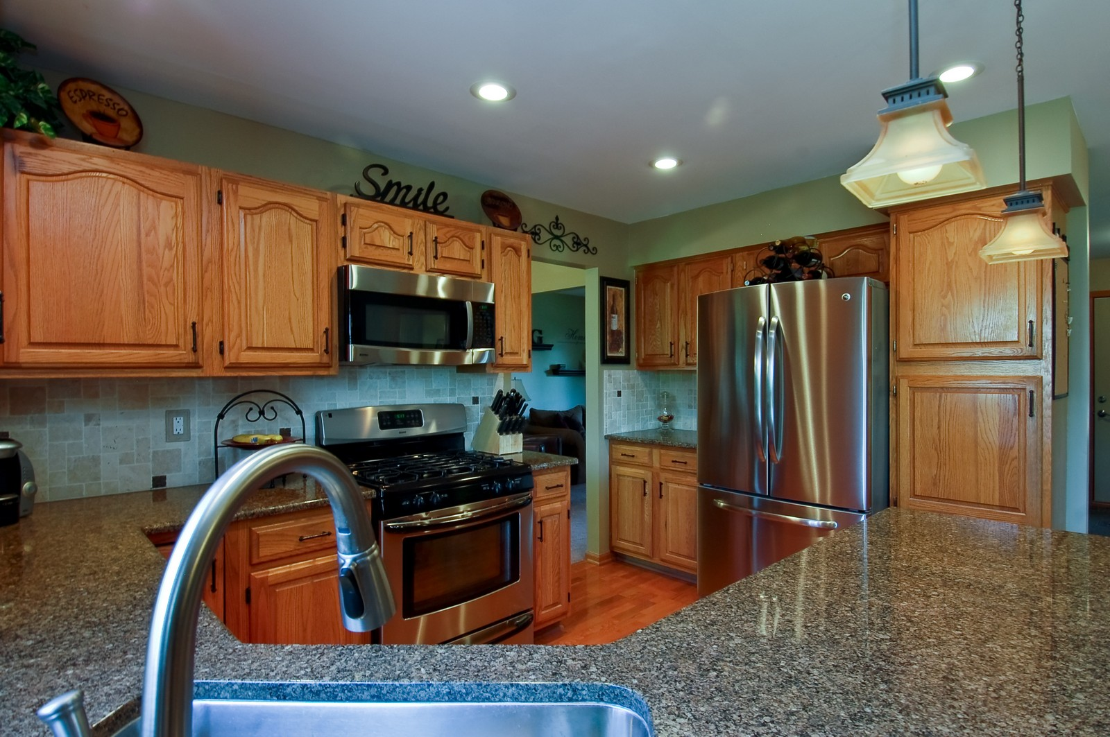 Real Estate Photography - 1109 Westfield Course, Geneva, IL, 60134 - Kitchen