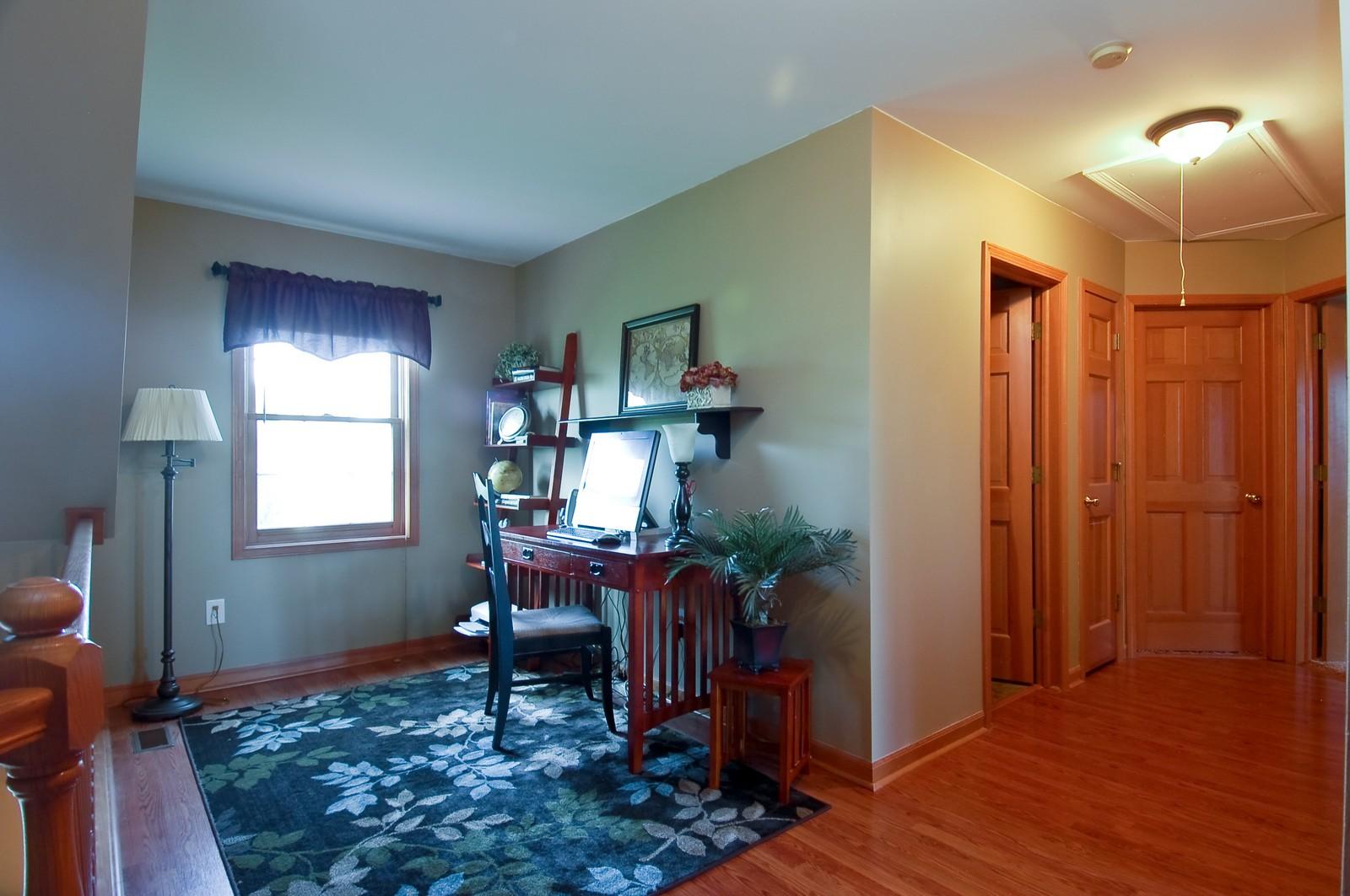 Real Estate Photography - 1109 Westfield Course, Geneva, IL, 60134 - Loft