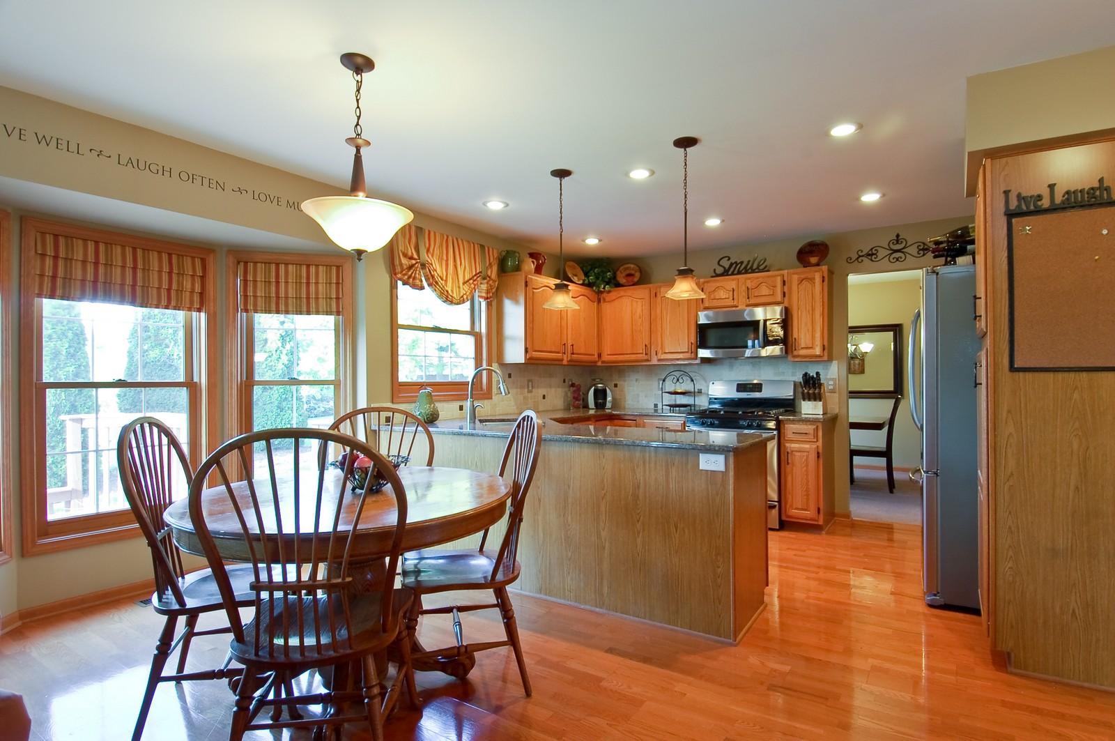 Real Estate Photography - 1109 Westfield Course, Geneva, IL, 60134 - Breakfast Nook