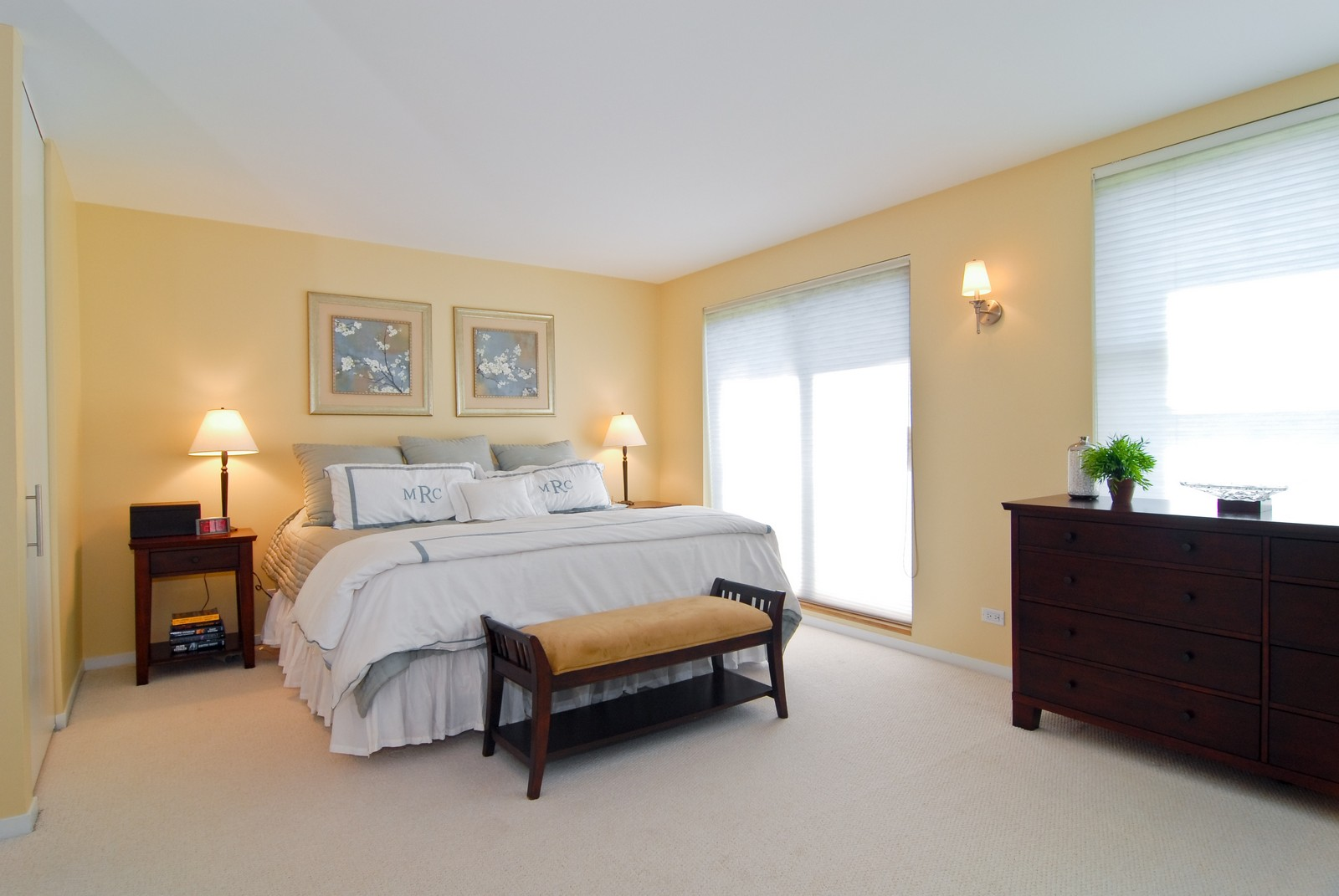 Real Estate Photography - 2501 N Wayne, Unit 17, Chicago, IL, 60614 - Master Bedroom