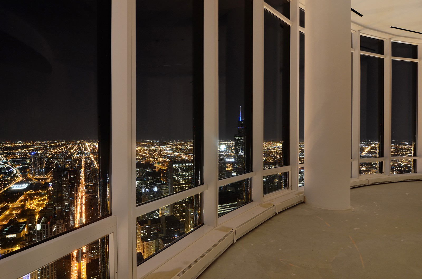 Real Estate Photography - 401 N Wabash, Unit PH89A, Chicago, IL, 60611 - Location 6