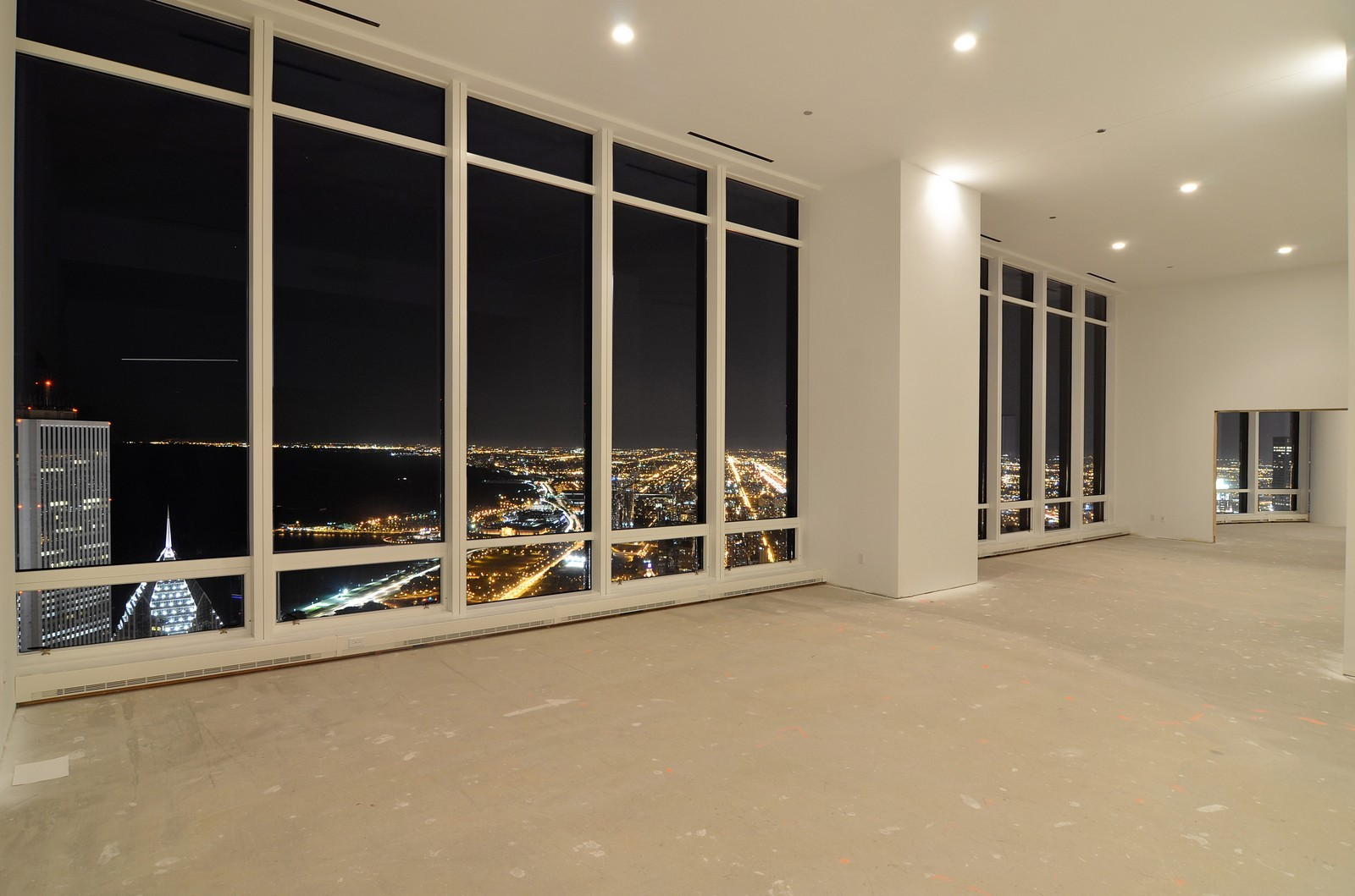 Real Estate Photography - 401 N Wabash, Unit PH89A, Chicago, IL, 60611 - Location 7