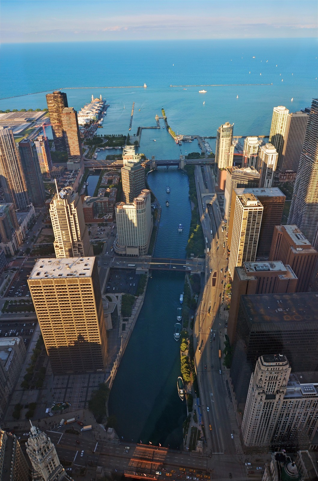 Real Estate Photography - 401 N Wabash, Unit PH89A, Chicago, IL, 60611 - River View
