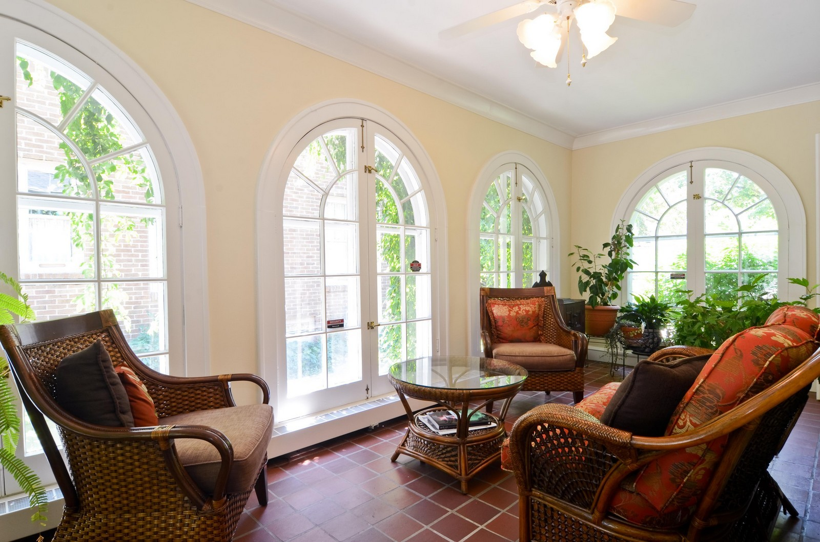 Real Estate Photography - 3444 N Hackett Ave, Milwaukee, WI, 53211 - Sun Room