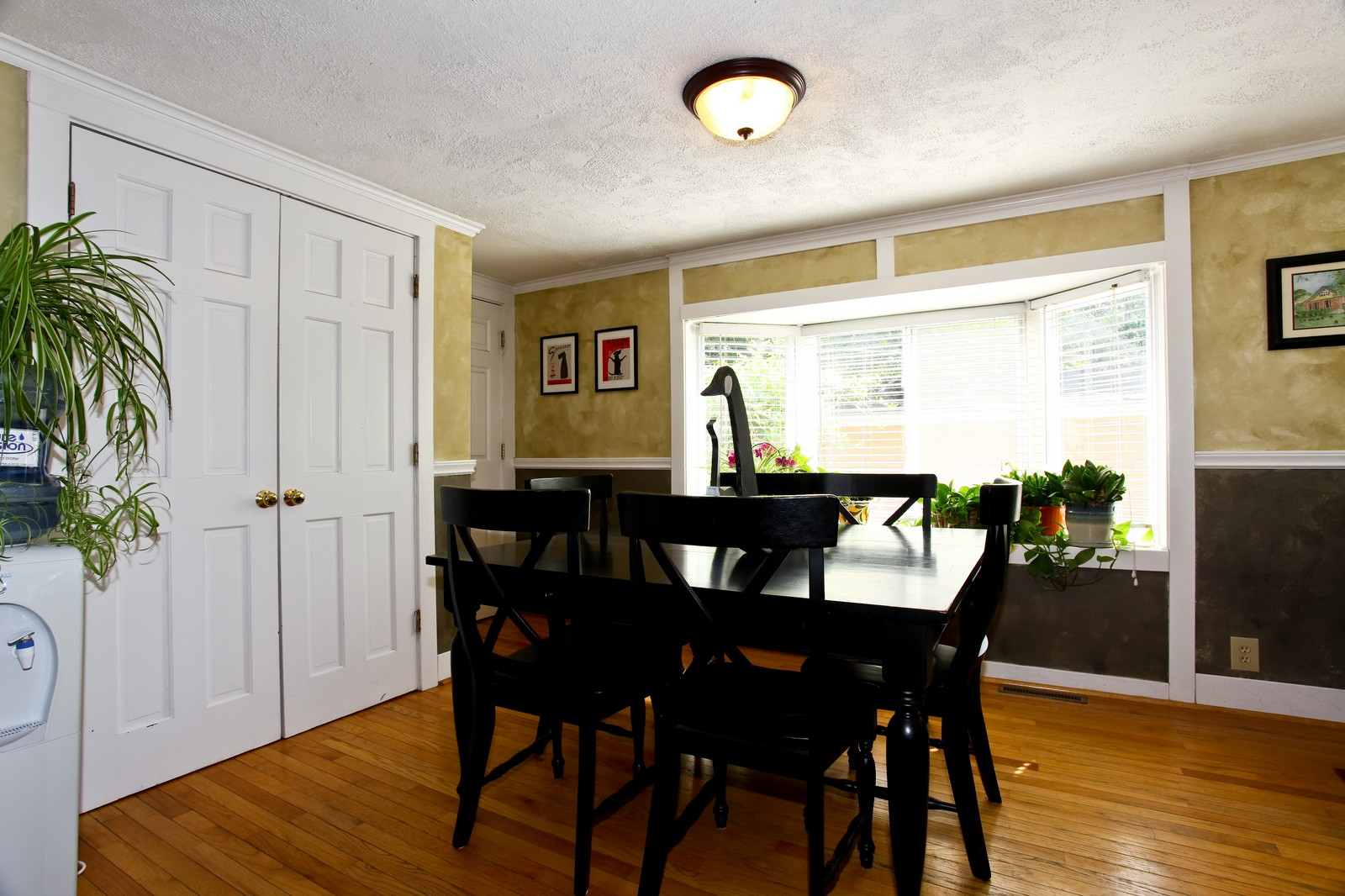 Real Estate Photography - 34W407 Maple Ln, St Charles, IL, 60174 - Dining Room