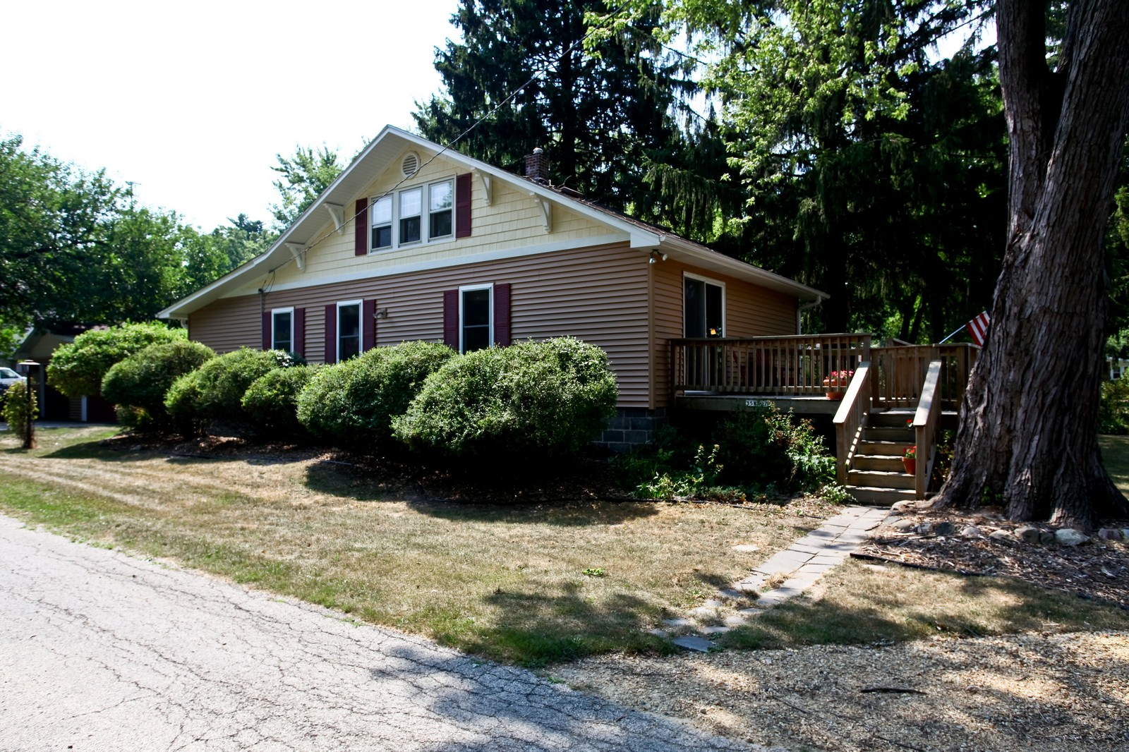 Real Estate Photography - 34W407 Maple Ln, St Charles, IL, 60174 - Front View