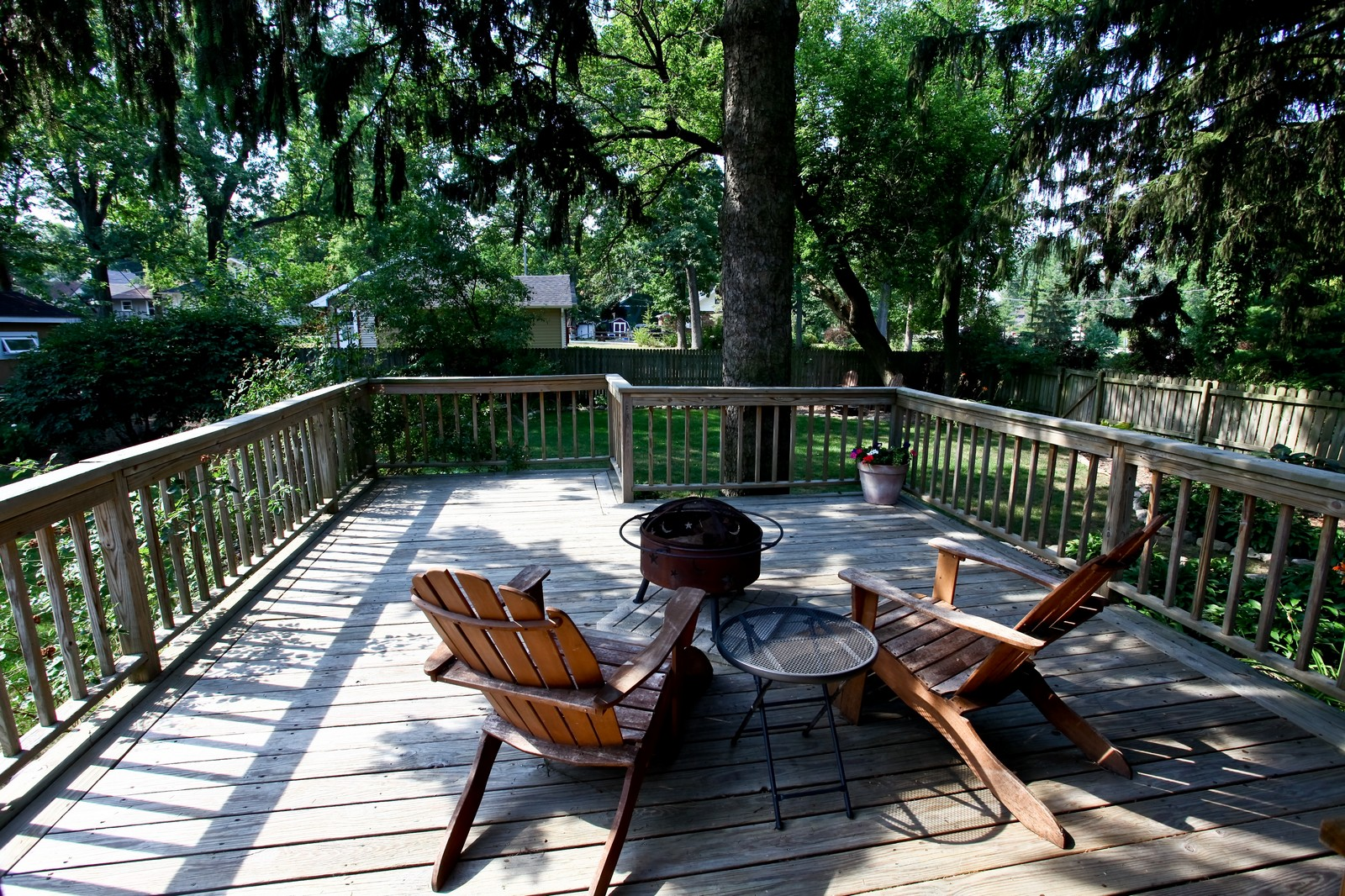Real Estate Photography - 34W407 Maple Ln, St Charles, IL, 60174 - Deck