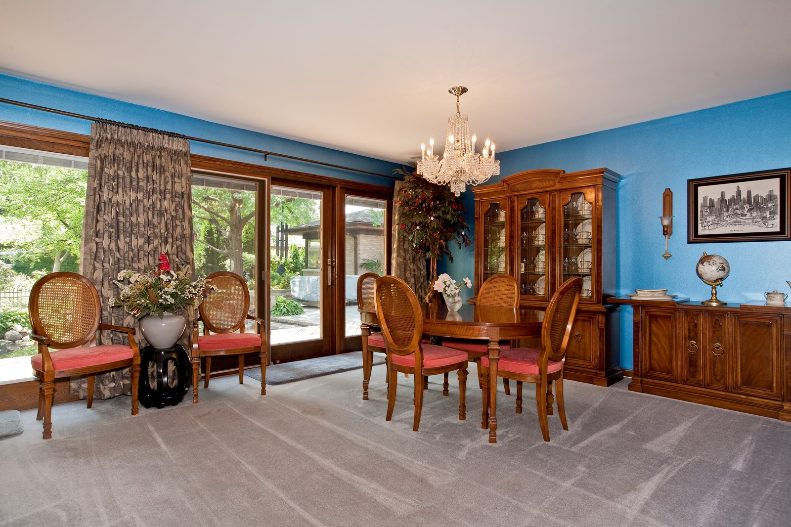 Real Estate Photography - 131 Woodland Dr, Oak Brook, IL, 60523 - Location 3
