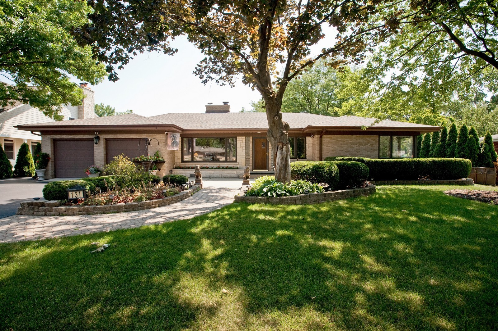 Real Estate Photography - 131 Woodland Dr, Oak Brook, IL, 60523 - Front View