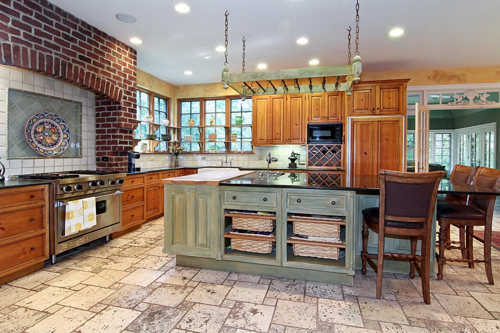 Real Estate Photography - 2901 Glenbriar Dr, St Charles, IL, 60174 - Kitchen