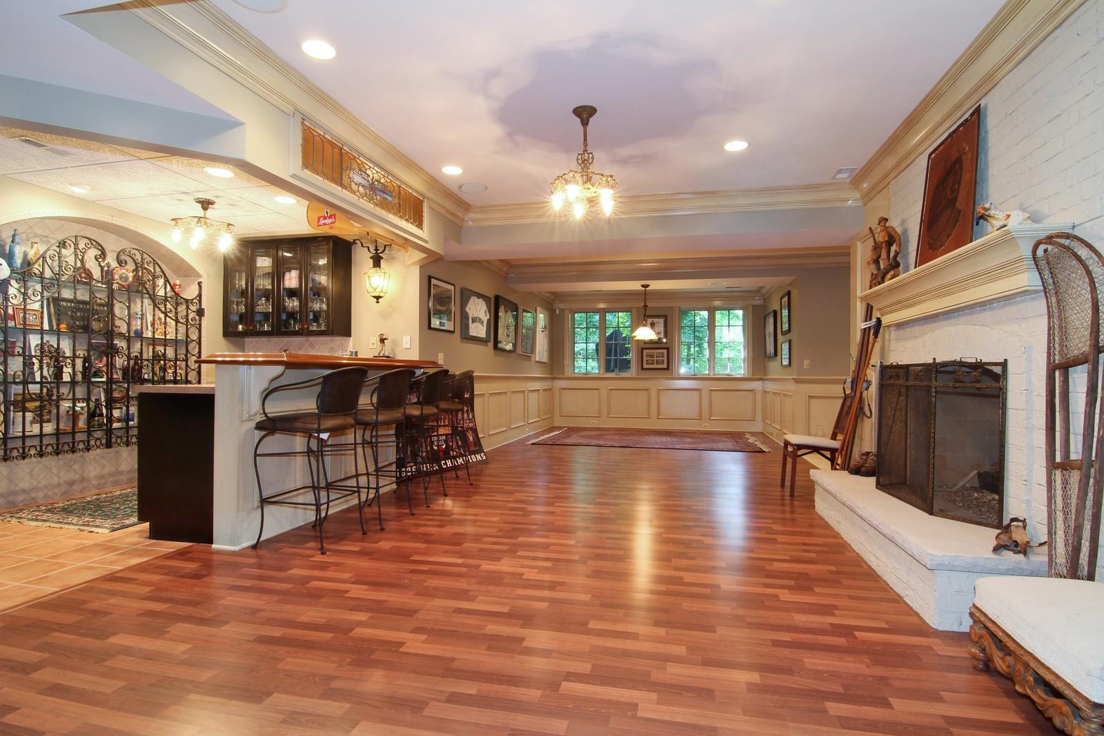 Real Estate Photography - 2901 Glenbriar Dr, St Charles, IL, 60174 - Bar