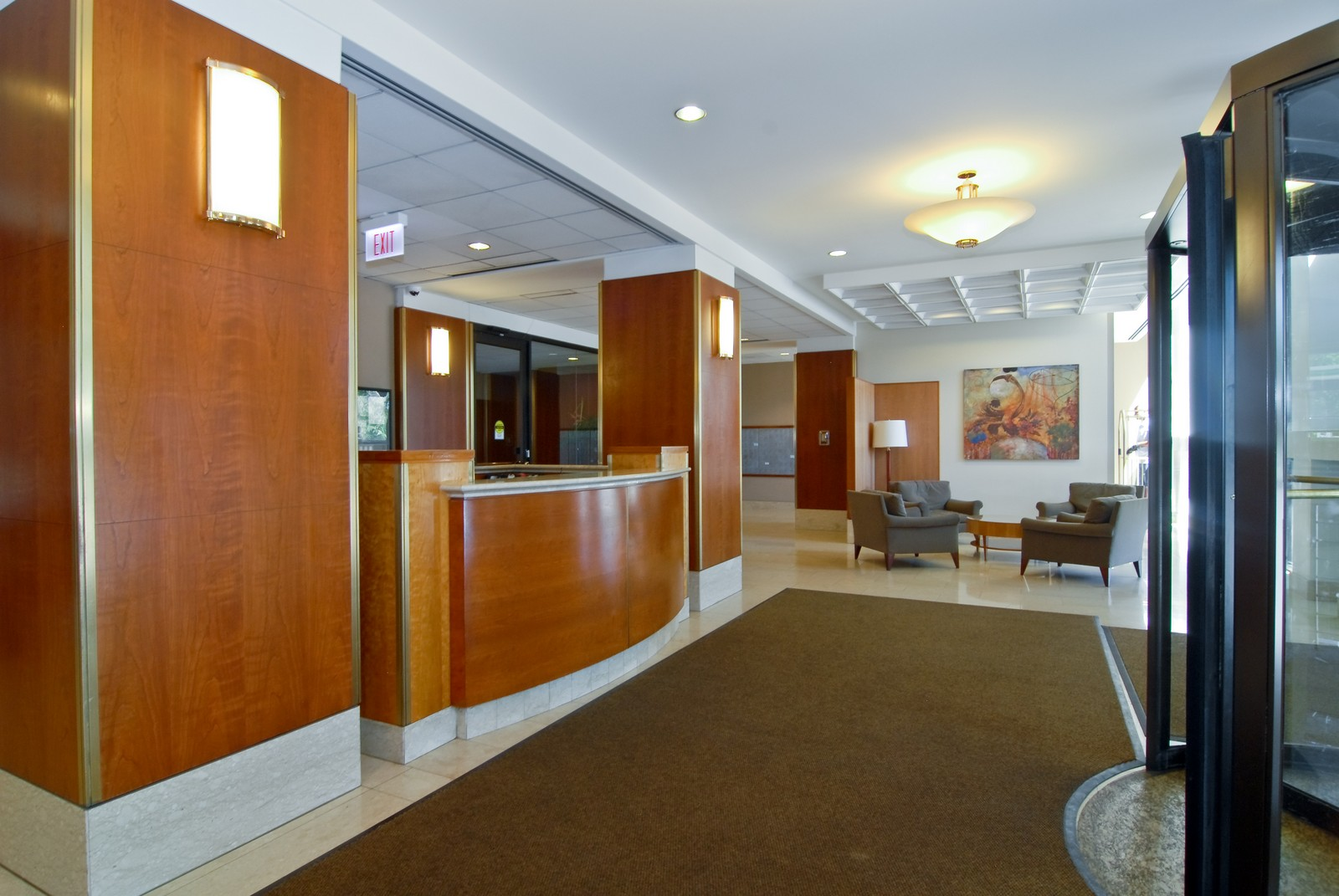 Real Estate Photography - 1660 N LaSalle, Unit 409, Chicago, IL, 60614 - Lobby