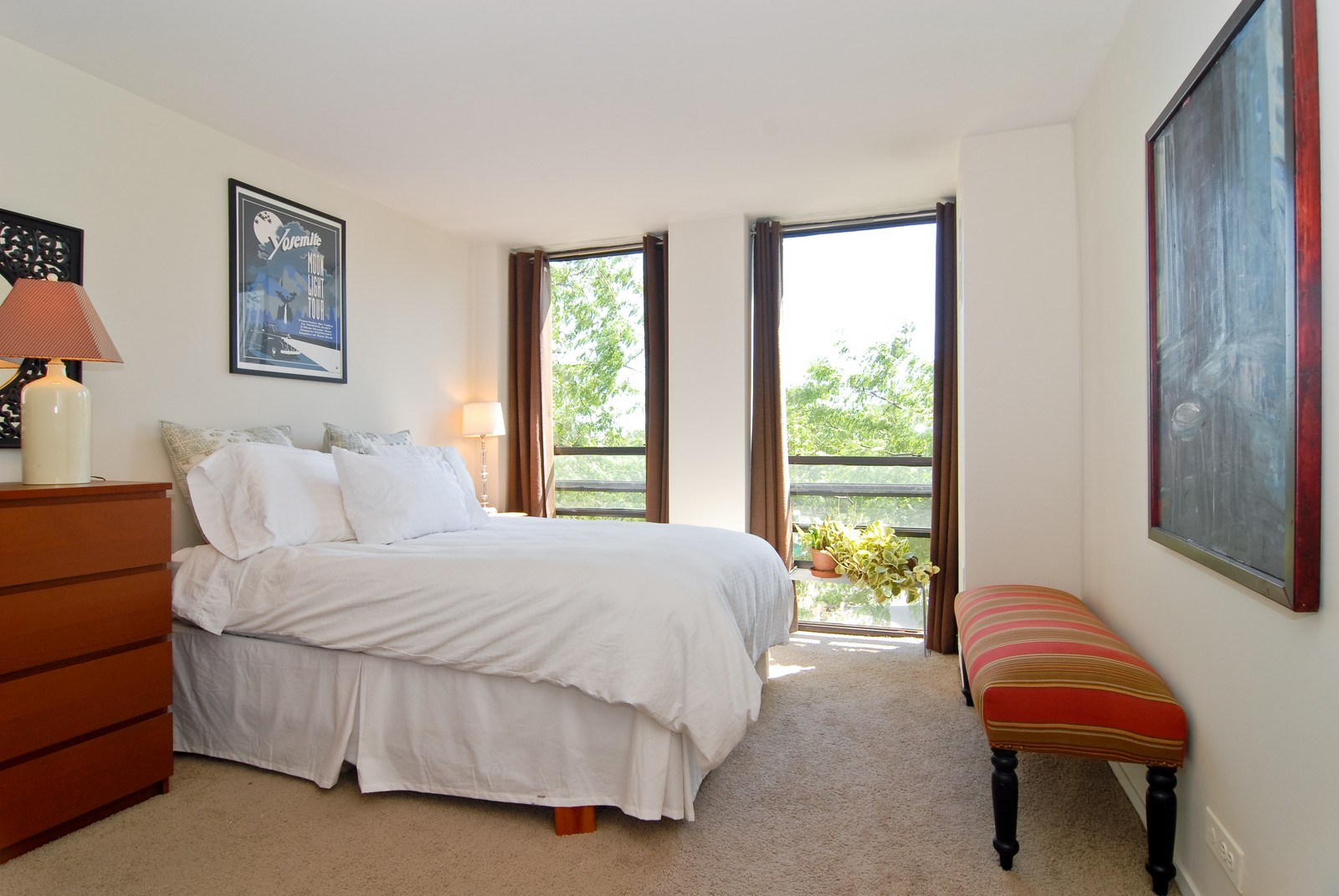 Real Estate Photography - 1660 N LaSalle, Unit 409, Chicago, IL, 60614 - Bedroom