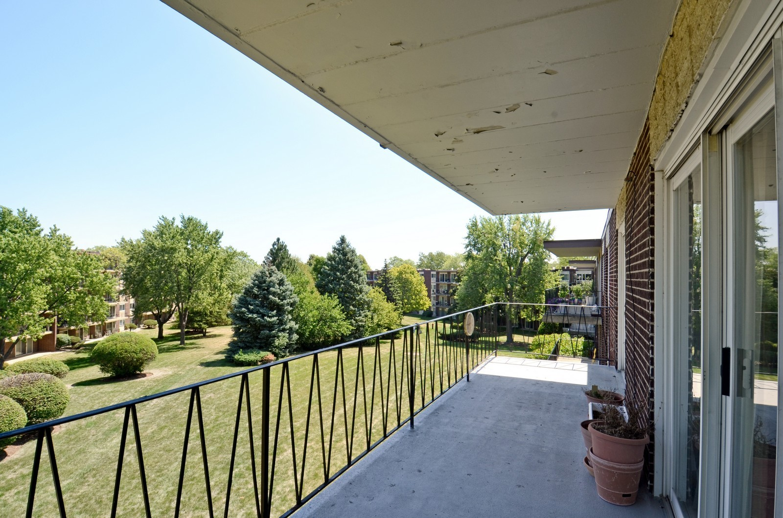 Real Estate Photography - 5540 Walnut, Unit 35C, Downers Grove, IL, 60515 - Balcony