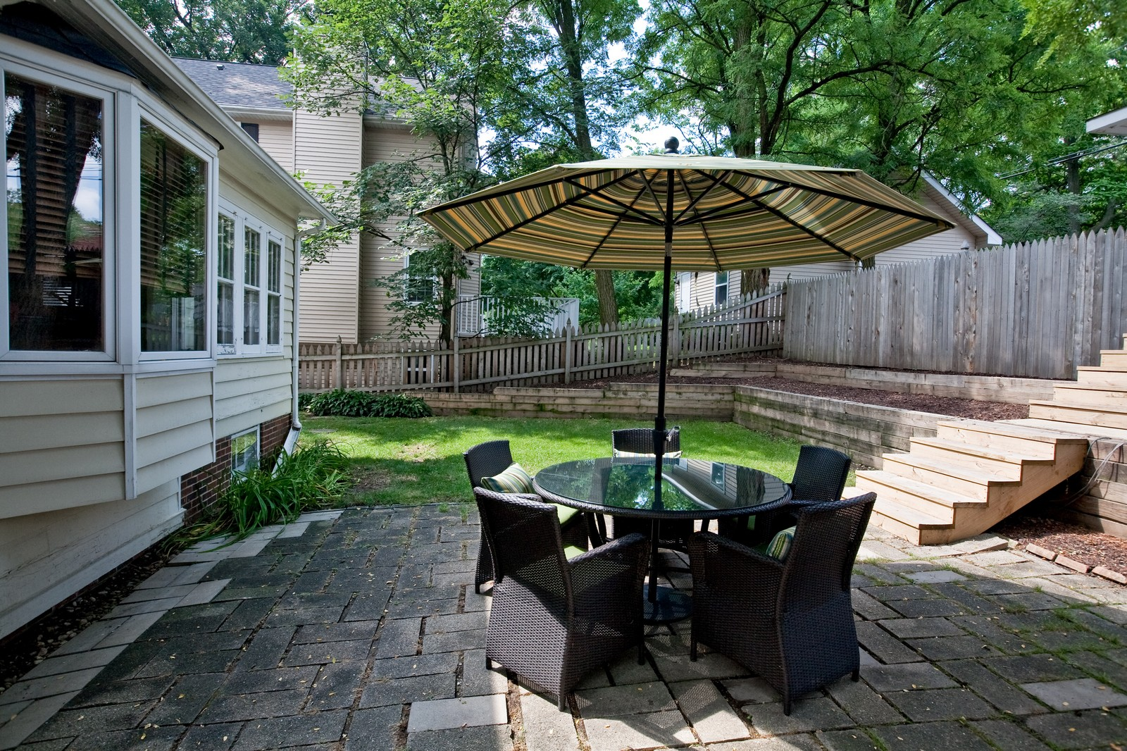 ... Real Estate Photography   42 S Quincy, Hinsdale, IL, 60521   Patio