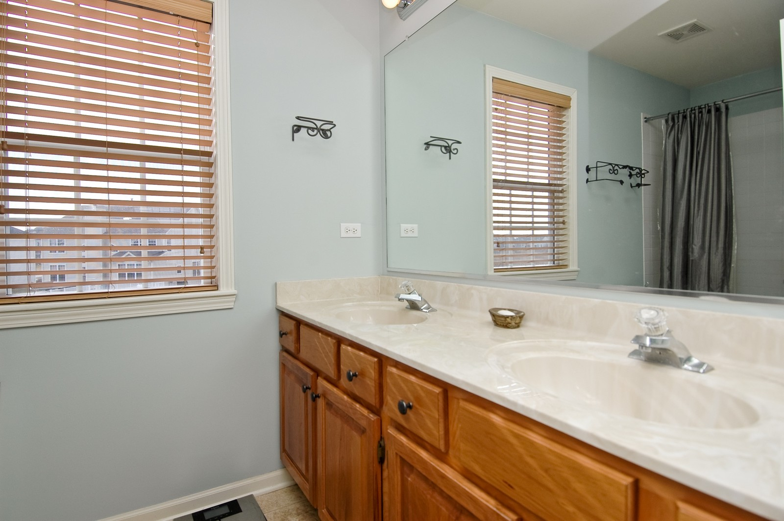 Real Estate Photography - 333 Talismon, Crystal Lake, IL, 60014 - Master Bathroom
