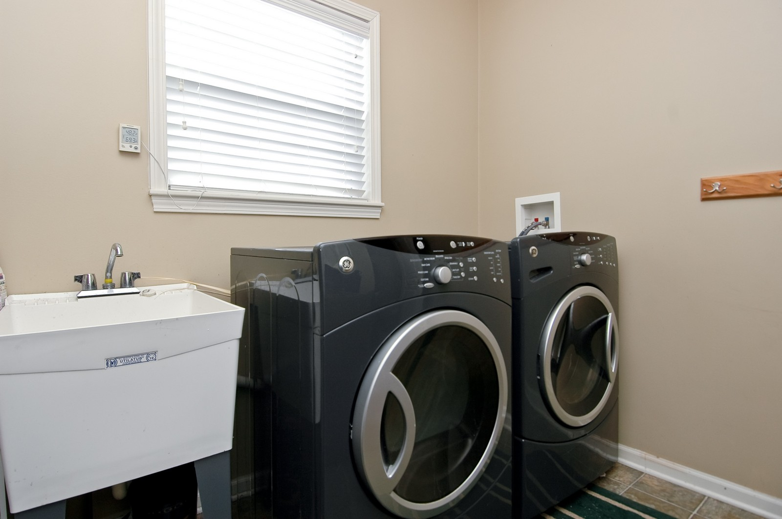 Real Estate Photography - 333 Talismon, Crystal Lake, IL, 60014 - Laundry Room