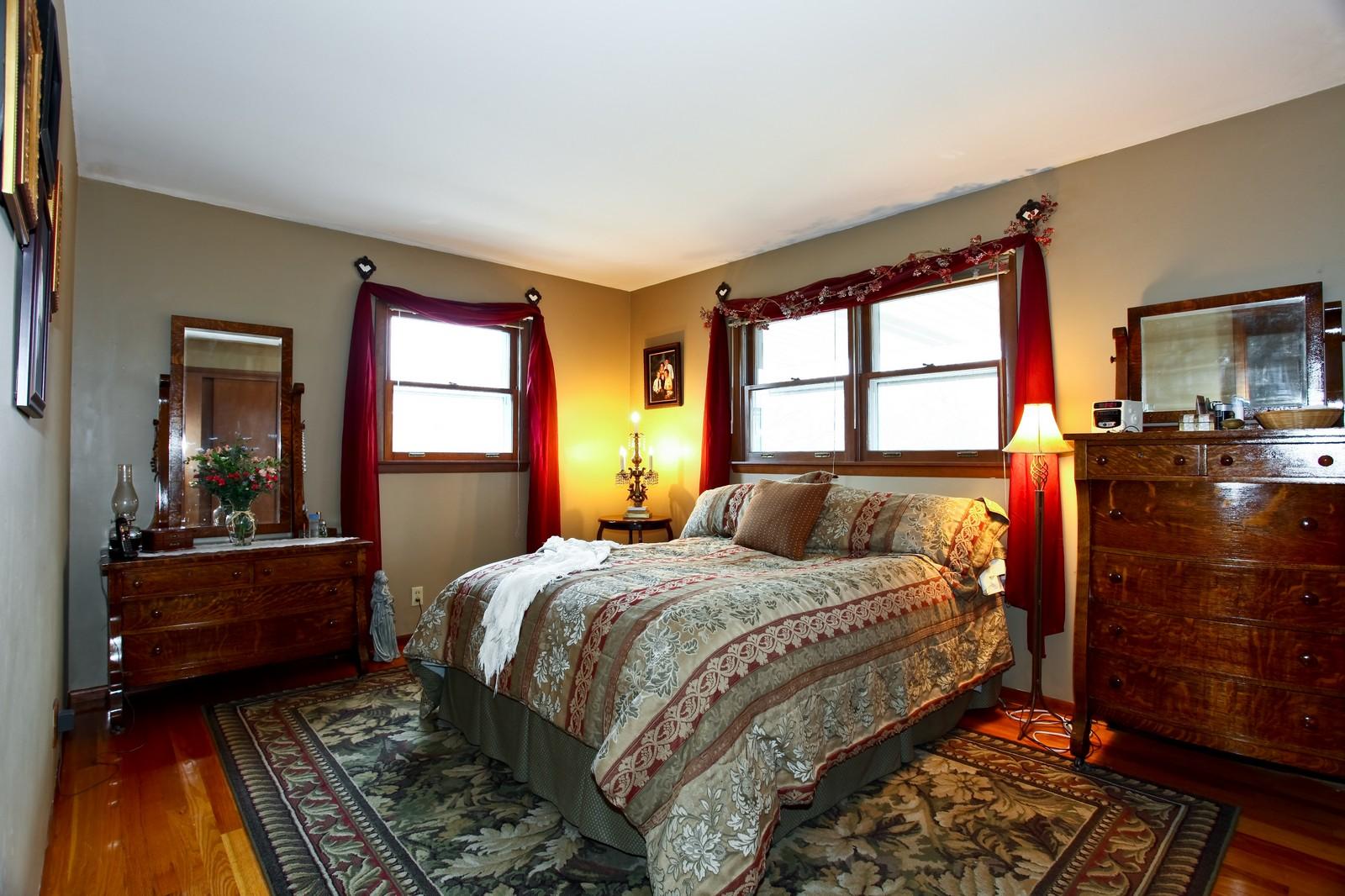 Real Estate Photography - 1515 Meadows Road, Geneva, IL, 60134 - Master Bedroom