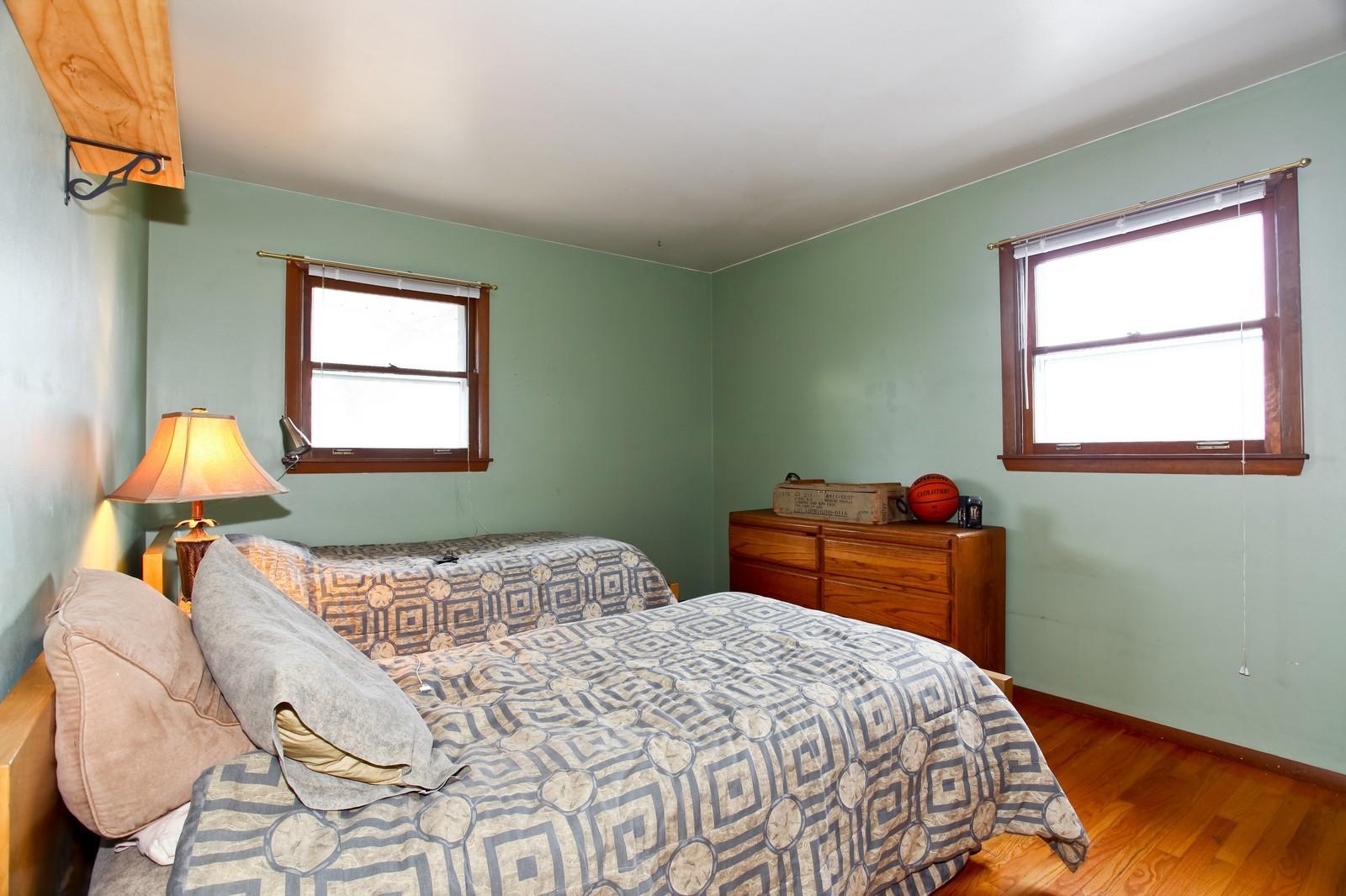 Real Estate Photography - 1515 Meadows Road, Geneva, IL, 60134 - 3rd Bedroom