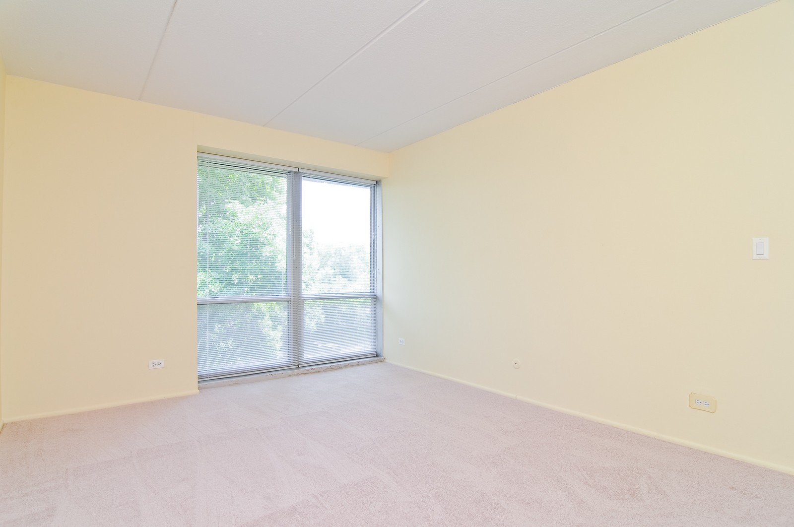Real Estate Photography - 1301 N. Western, 329, Lake Forest, IL, 60045 - Master Bedroom