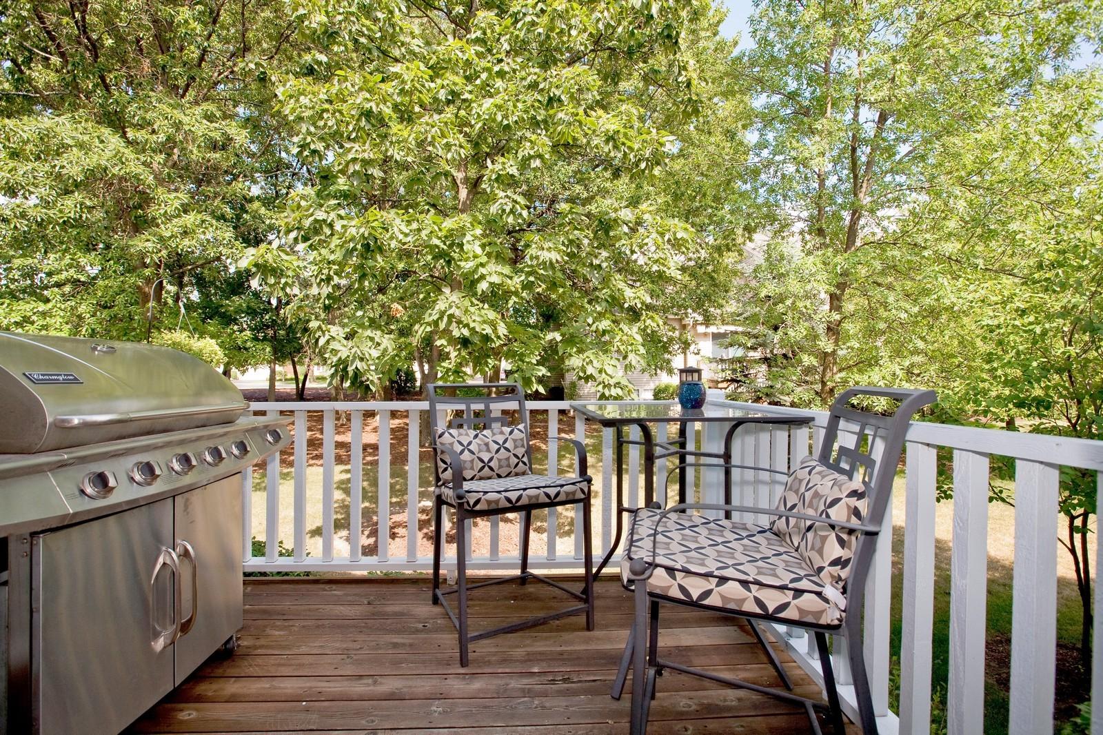Real Estate Photography - 6131 Wingate, Lisle, IL, 60532 - Deck