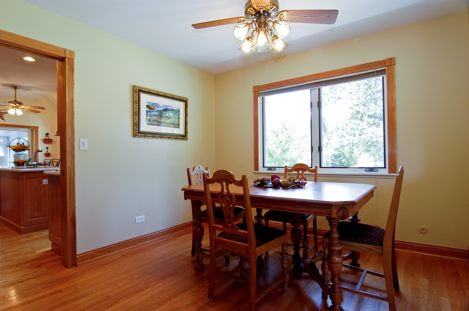 Real Estate Photography - 835 Hill, Glen Ellyn, IL, 60137 - Dining Room