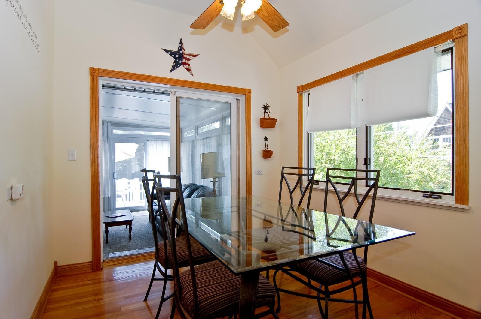 Real Estate Photography - 835 Hill, Glen Ellyn, IL, 60137 - Breakfast Nook