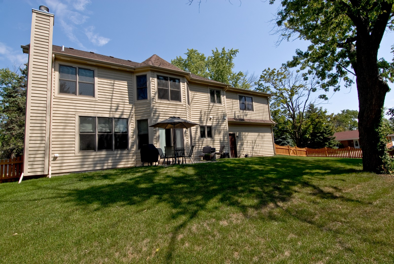 Real Estate Photography - 1221 Wing Ave, St. Charles, IL, 60174 - Rear View