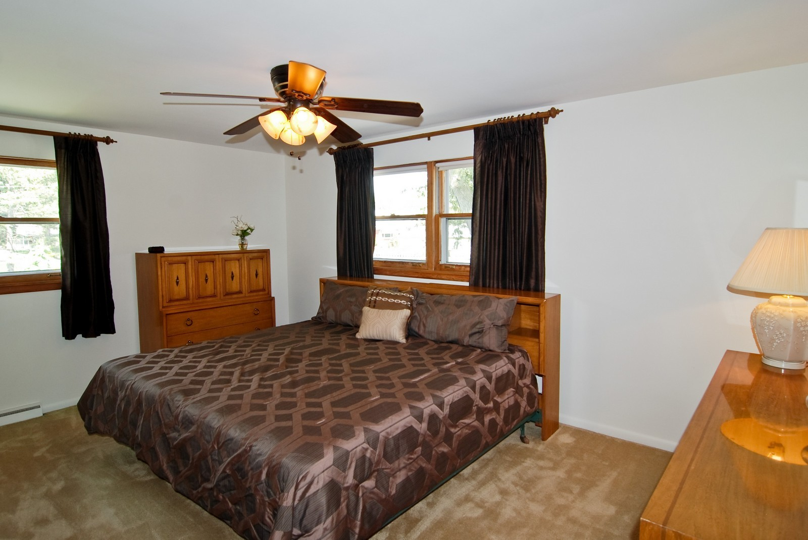 Real Estate Photography - 9118 30th Street, Brookfield, IL, 60513 - Master Bedroom