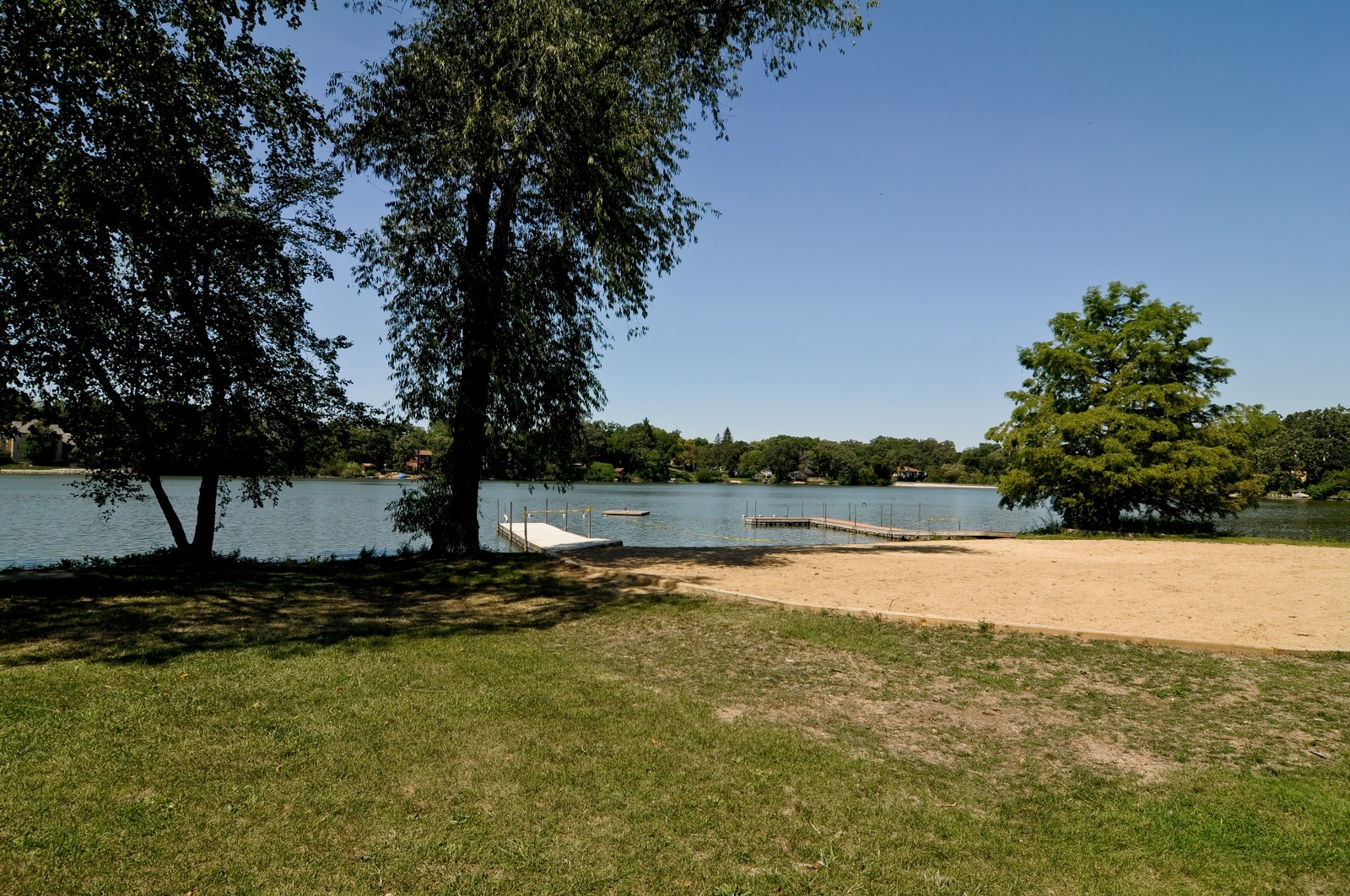 Real Estate Photography - 23823 N Sunset, Lake Zurich, IL, 60047 - Beach
