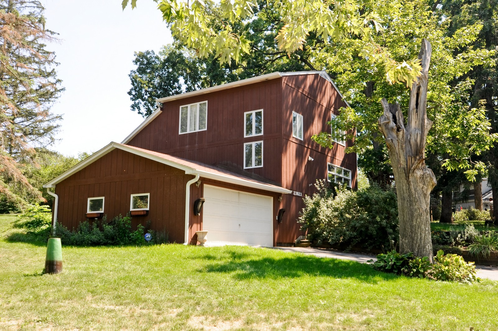 Real Estate Photography - 23823 N Sunset, Lake Zurich, IL, 60047 - Front View