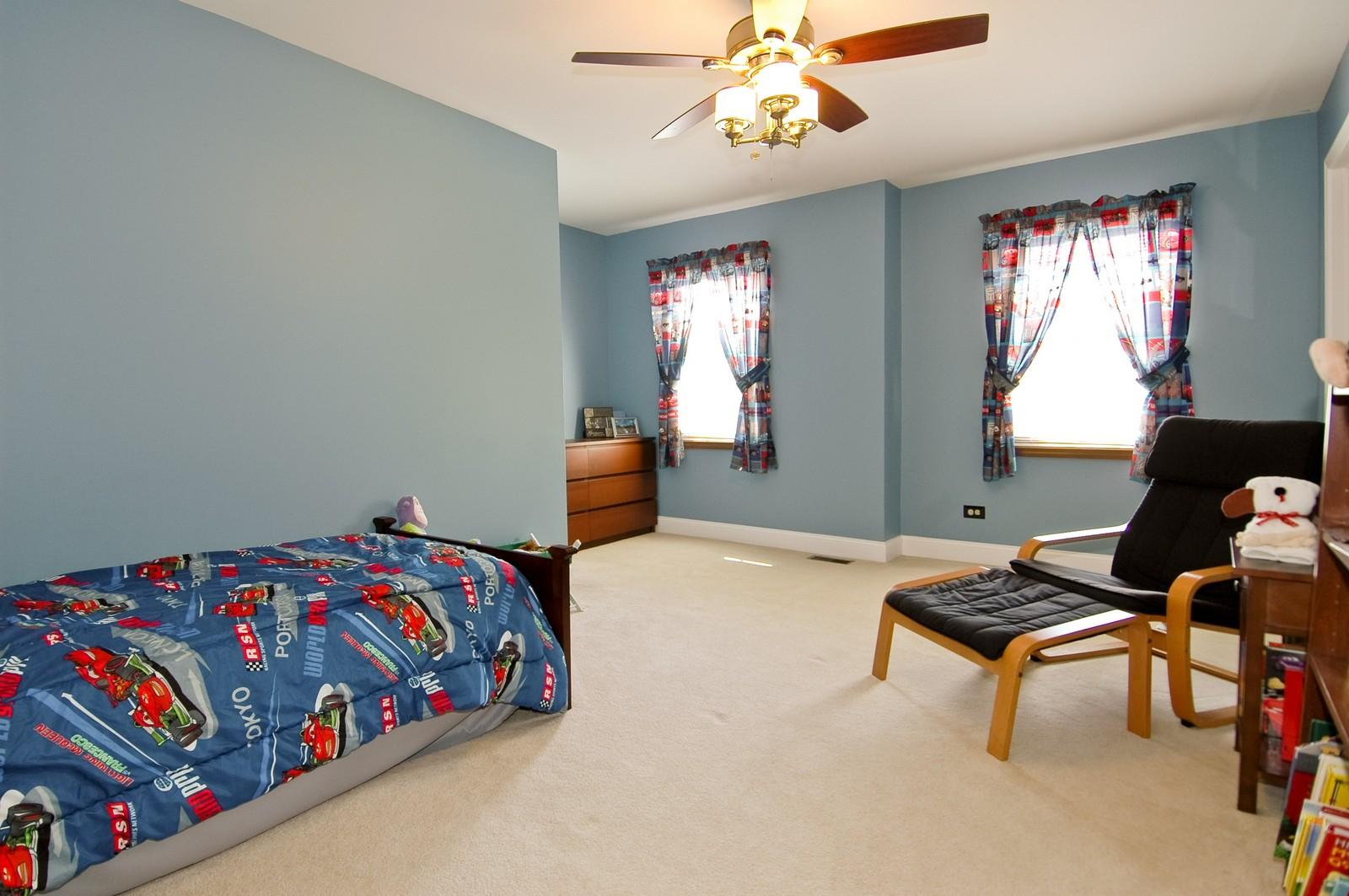 Real Estate Photography - 718 Bayberry, Cary, IL, 60013 - Bedroom