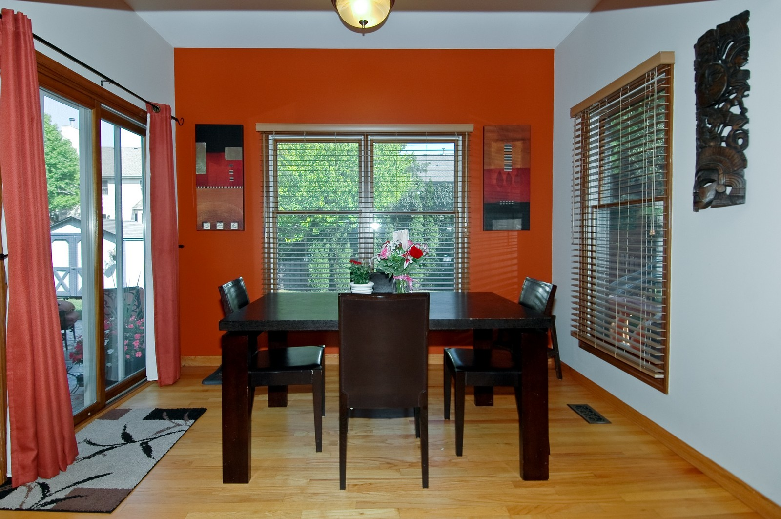 Real Estate Photography - 718 Bayberry, Cary, IL, 60013 - Dining Area