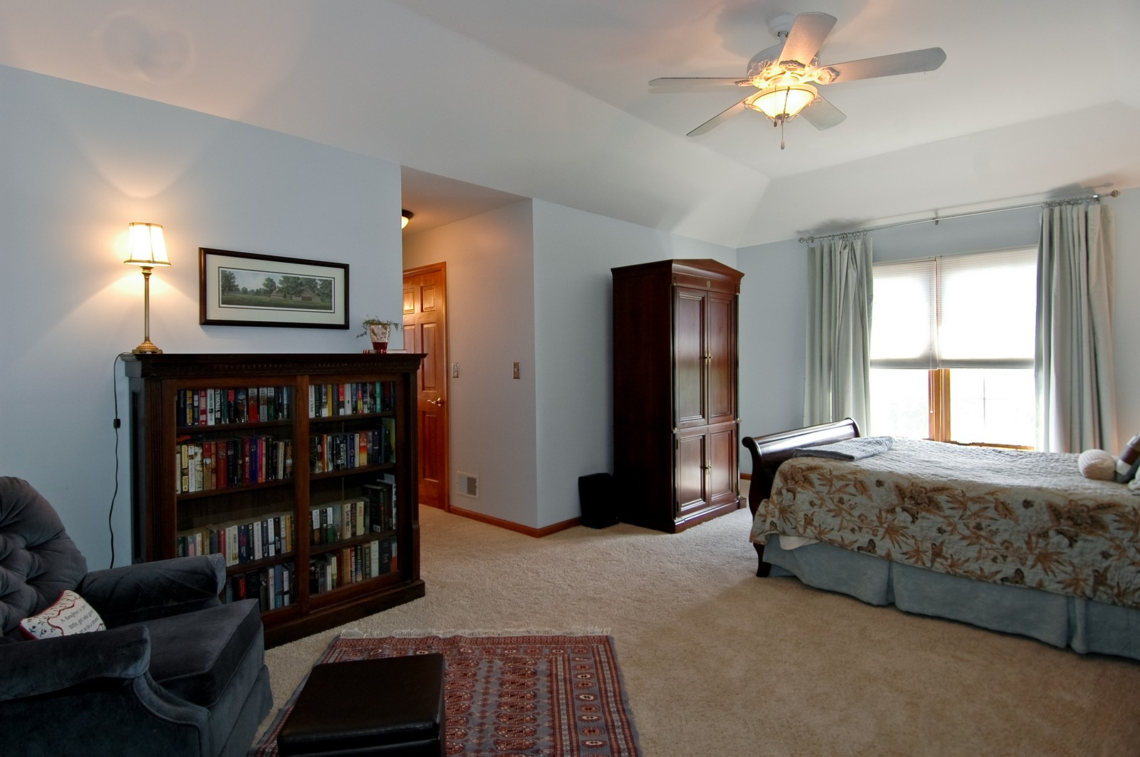 Real Estate Photography - 903 KING JAMES, ST CHARLES, IL, 60174 - Master Bedroom
