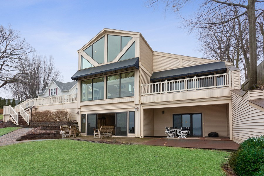 Real Estate Photography - 10946 N SOUTHSHORE DRIVE, SYRACUSE, IN, 46567 - Rear View