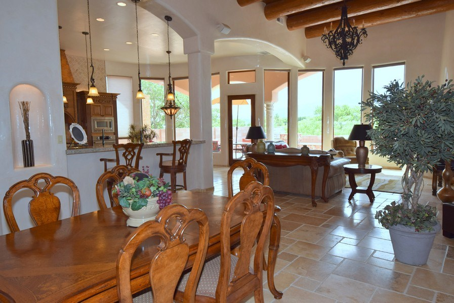 Real Estate Photography - 909 Nicholas Ct, Bernalillo, NM, 87004 - Great room