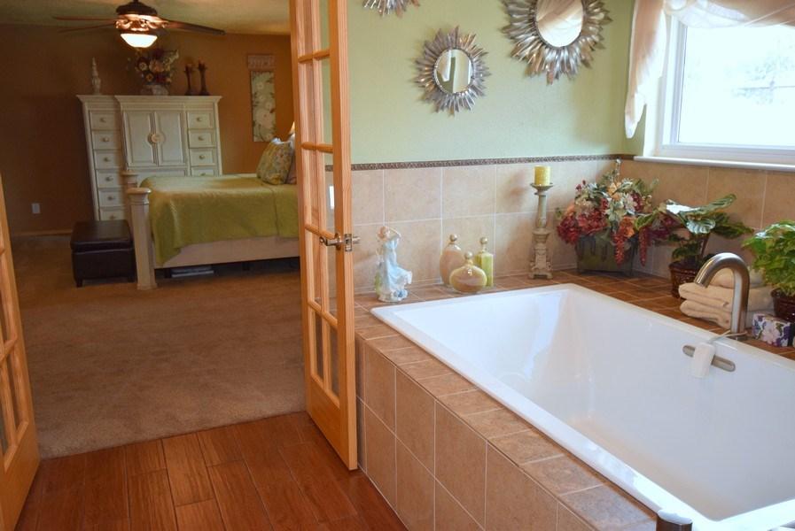 Real Estate Photography - 1419 Catron SE, Albuquerque, NM, 87123 - Master Bathroom