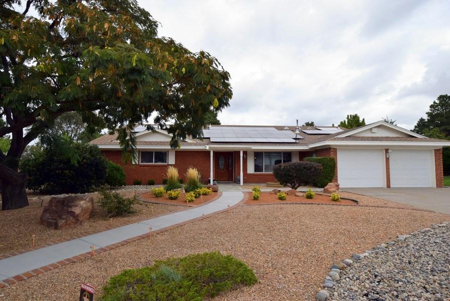 Real Estate Photography - 1419 Catron SE, Albuquerque, NM, 87123 - Front View