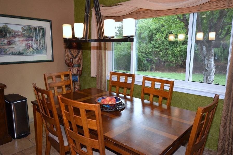 Real Estate Photography - 1419 Catron SE, Albuquerque, NM, 87123 - Breakfast Nook
