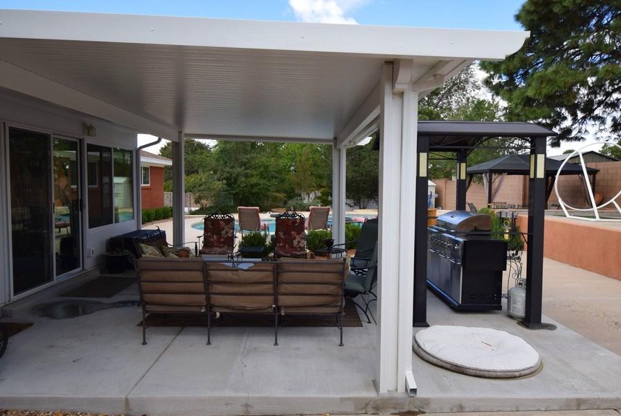 Real Estate Photography - 1419 Catron SE, Albuquerque, NM, 87123 - Patio