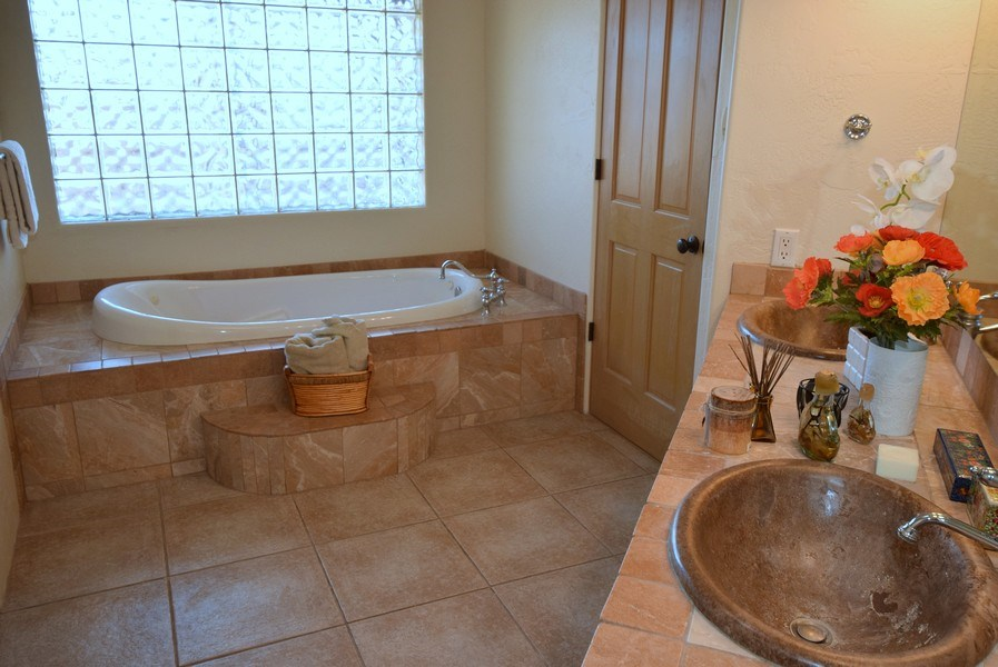 Real Estate Photography - 14 Desert Mountain Rd, Placitas, NM, 87043 - Master Bathroom