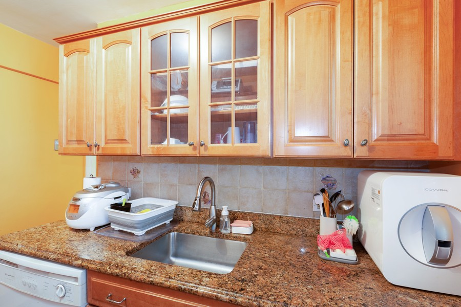 Real Estate Photography - 80-35 Springfields Blvd., 2N, Queens Village, NY, 11427 - Kitchen