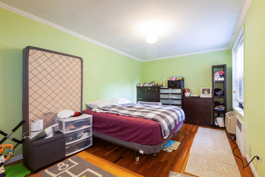 Real Estate Photography - 80-35 Springfields Blvd., 2N, Queens Village, NY, 11427 - Master Bedroom