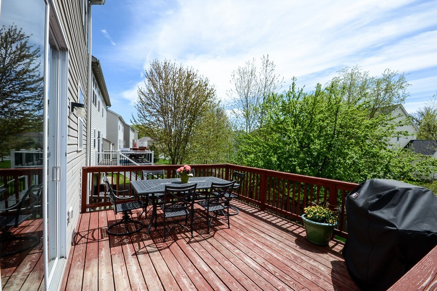 Real Estate Photography - 17101 76th Pl N, Maple Grove, MN, 55311 - Deck