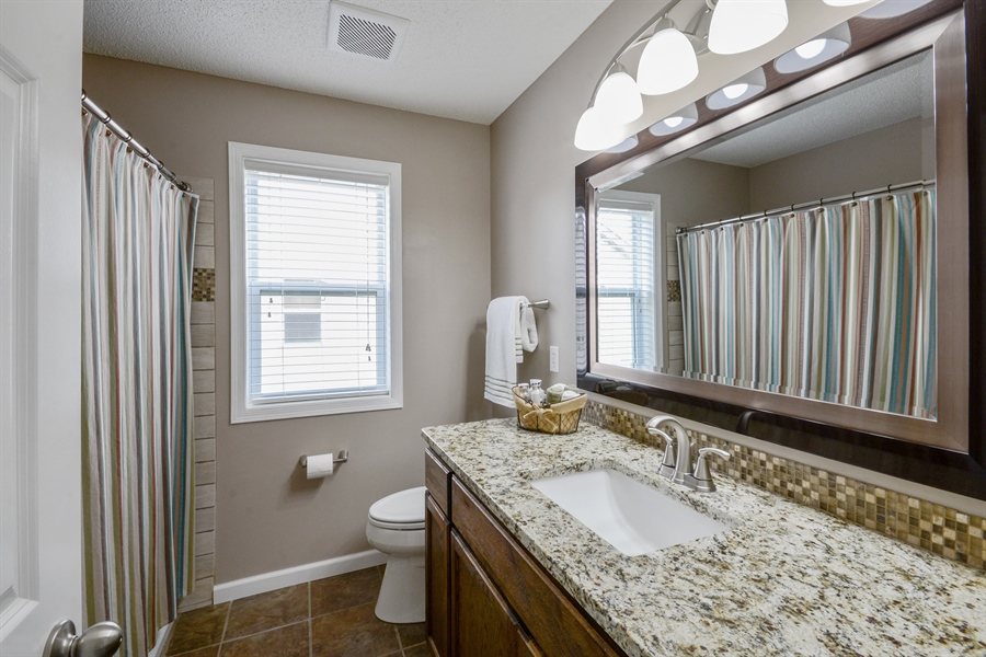 Real Estate Photography - 17101 76th Pl N, Maple Grove, MN, 55311 - 2nd Bathroom