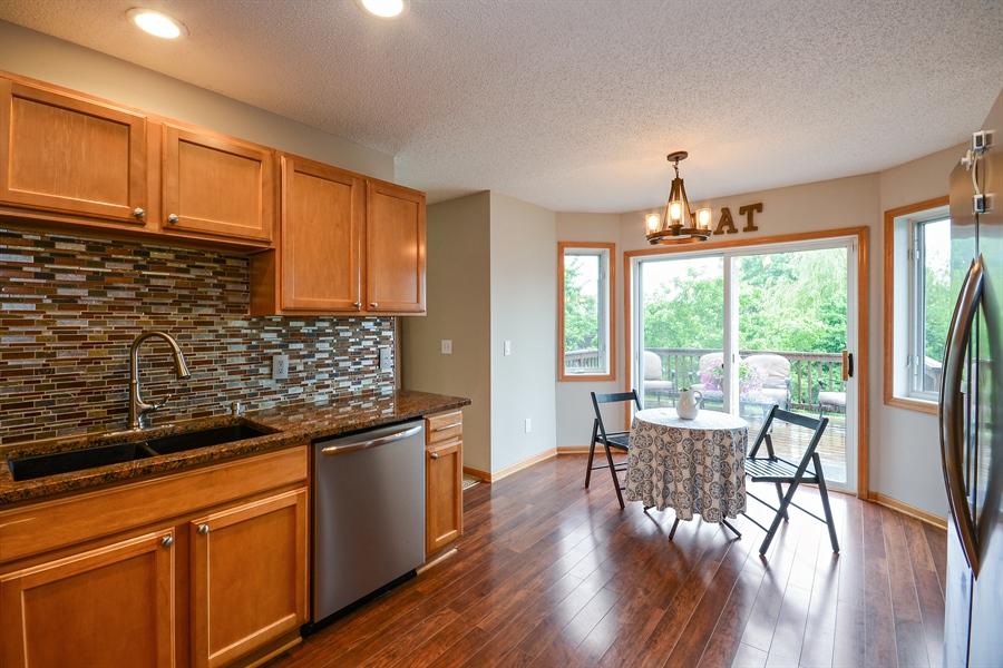 Real Estate Photography - 207 Cherrywood Ave, Saint Michael, MN, 55376 - Kitchen / Breakfast Room