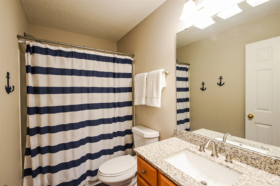 Real Estate Photography - 207 Cherrywood Ave, Saint Michael, MN, 55376 - 2nd Bathroom