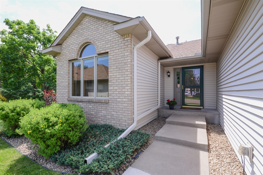 Real Estate Photography - 11761 88th Place North, Maple Grove, MN, 55369 - Entryway