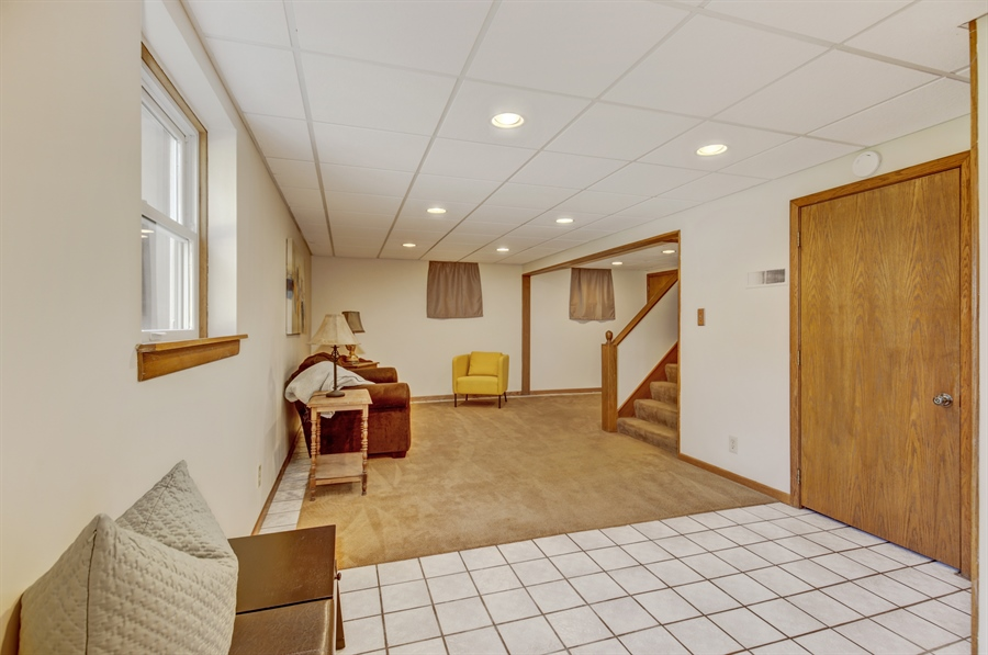Real Estate Photography - 3027 Lake St, Maplewood, MN, 55109 - Family Room