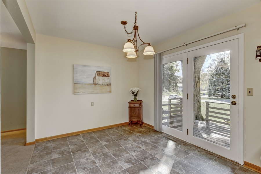 Real Estate Photography - 3027 Lake St, Maplewood, MN, 55109 - Dining Area
